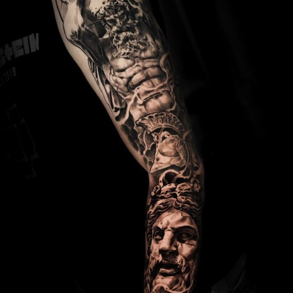 Wade Tattoo Adler