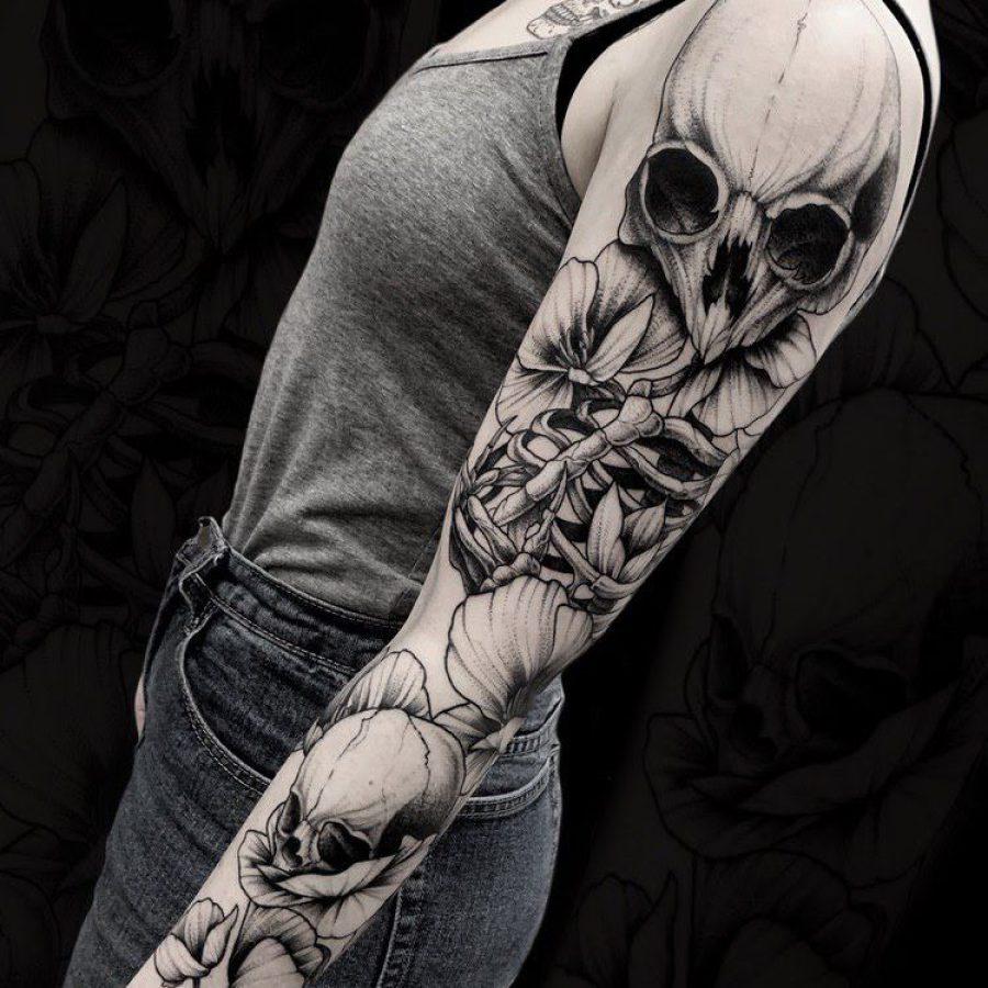Tattoo Leuchtturm mit Kompass