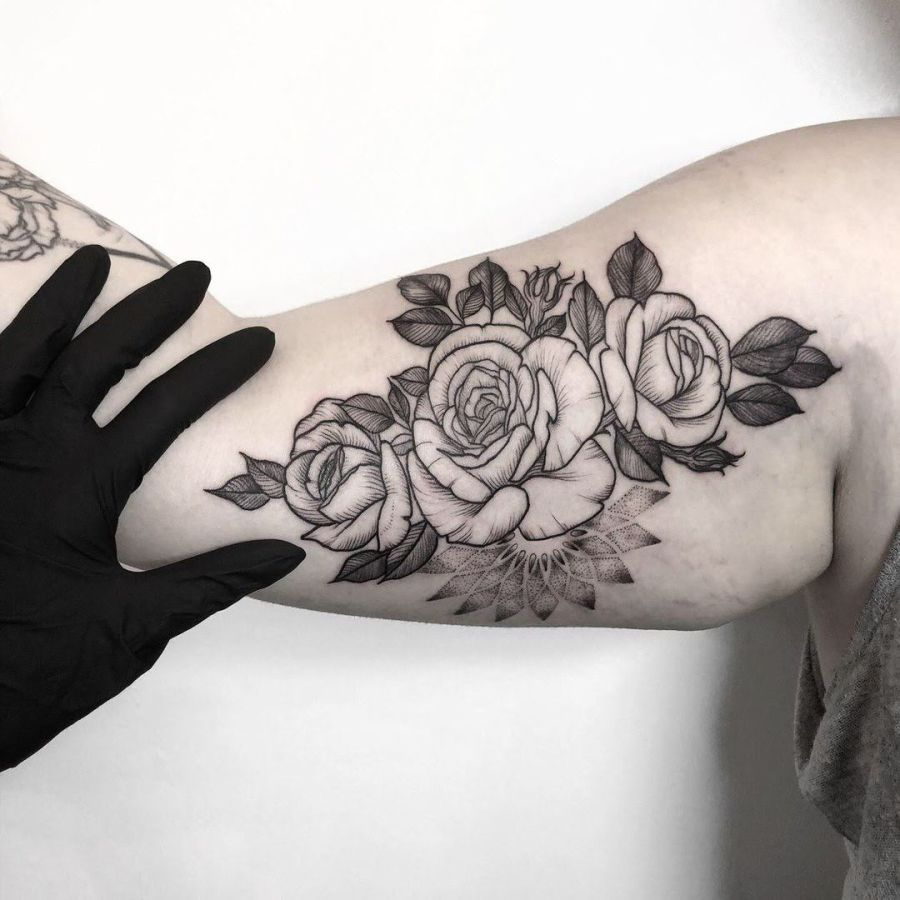 Tattoo Schädel mit Rose