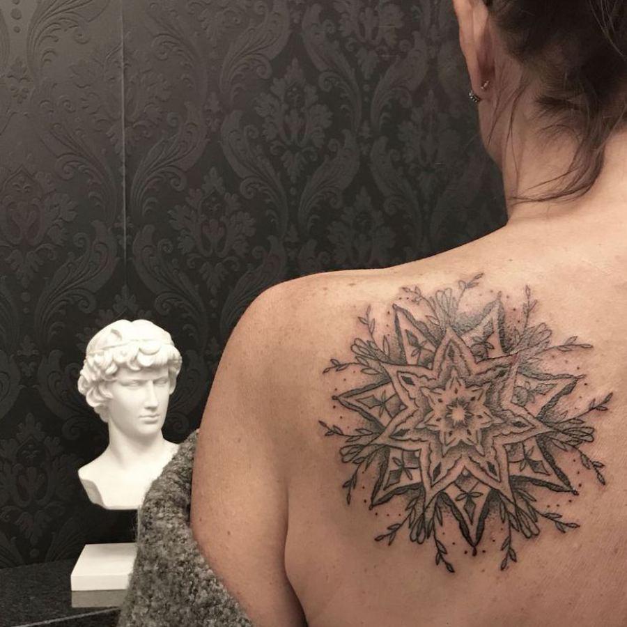 Tattoo Oberschenkel Tiger