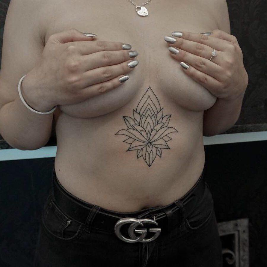 Tattoo Unterarm Mutter mit Kind