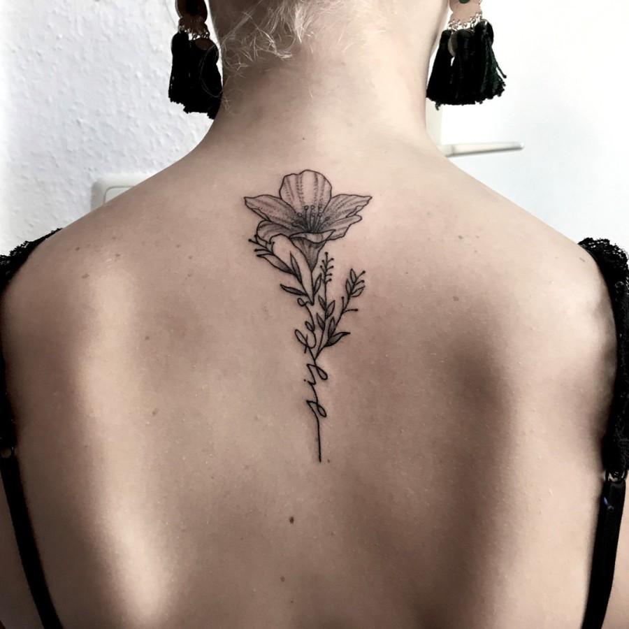 Tattoo Brust Pferd