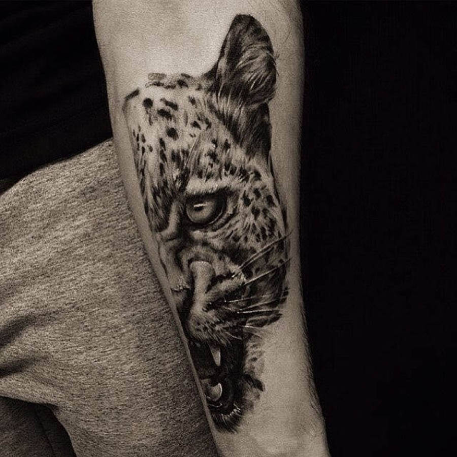 Tattoo beide Beine Muskelfasern